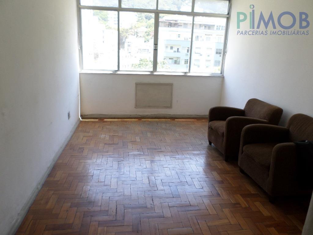 humaitá - sala 3 quartos c/ dependências luxuosamente reformado. - ap0183
