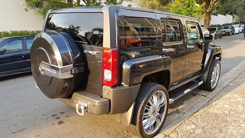 hummer h3 ano 2008 com rodas aro 24 kit multimidia etc...