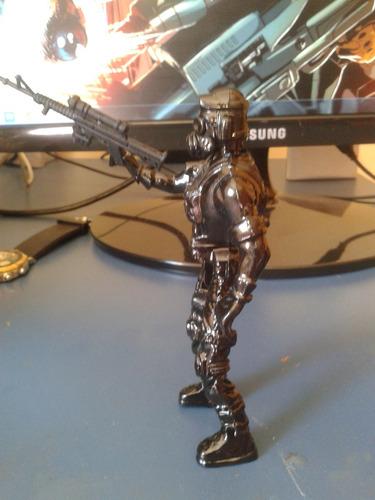 hunk -resident evil-figura customizada