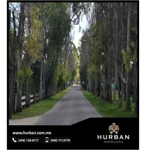 hurban vende 4 terrenos contiguos en esquina en edén los sabinos.