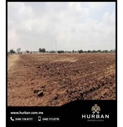 hurban vende en terreno en sandovales.