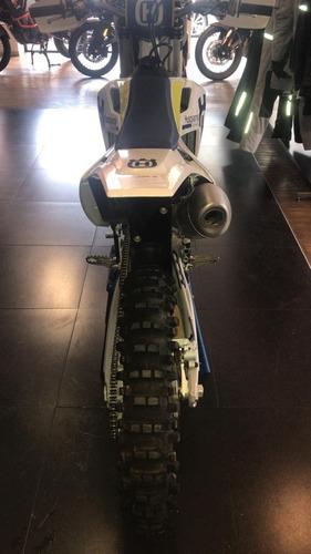 husqvarna cross 450 cc  2017 en perfectas condiciones