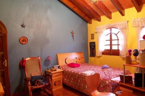 hv375-2. pintoresco hogar, colonial rustico. club de golf hacienda.