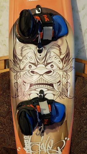 hyperlite tabla wakeboard con botas