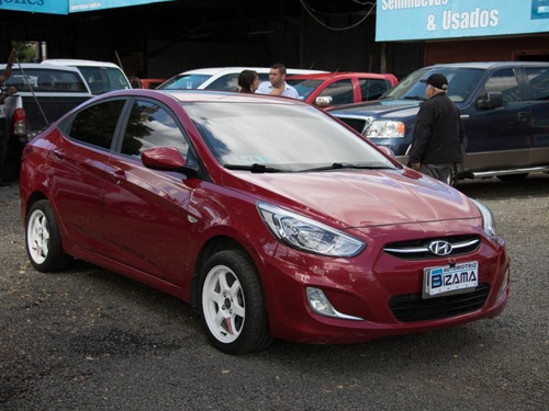 hyundai accent  1.4l full mt a/c abs 2016