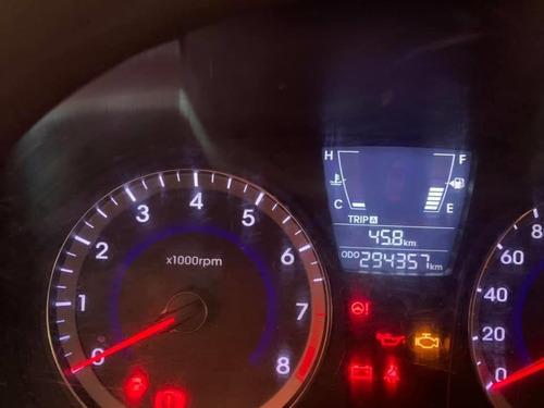 hyundai accent 2015 (taxi) con puesto.