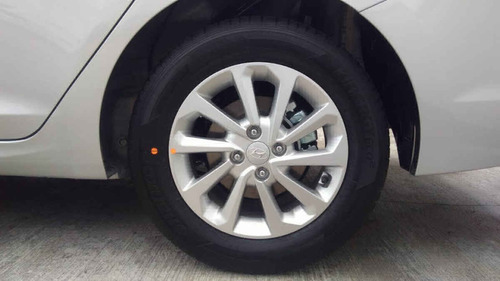hyundai accent 2020 4p gl mid  l4/1.6 aut