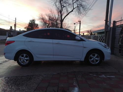hyundai accent accent 1.4 full