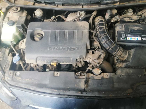 hyundai accent chocado motor impeque funcionando