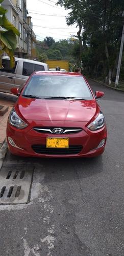 hyundai accent gl 1600 cc fe modelo 2015.  única dueña.