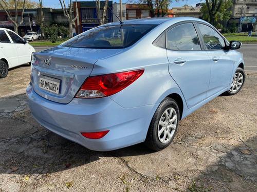 hyundai accent gl motor: 1.4 full unico dueño aire nafta