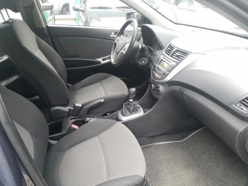 hyundai accent i25 1.600 sedan mecanico mod 2013