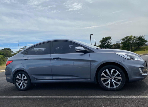 hyundai accent limited 1.6 full