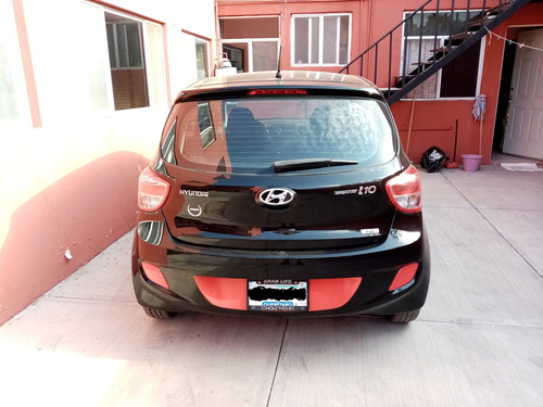 hyundai grand i10 gls 2015