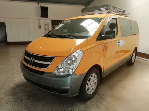 hyundai grand starex 2010 para inscribir  transmision manual