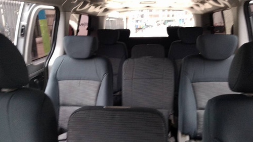 hyundai h1 2011 doce asientos !