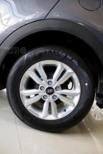 hyundai h1 wagon 12p 5at full premium 2.5 crdi umamotors 12