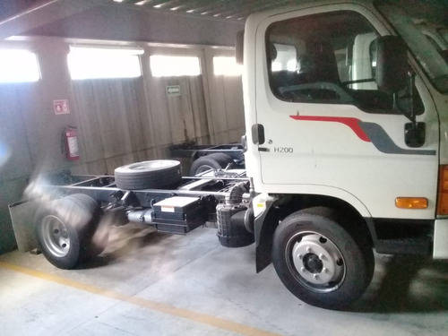 hyundai h200 camión