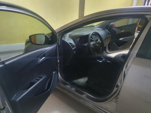 hyundai - hb20 hatch 2016- automático