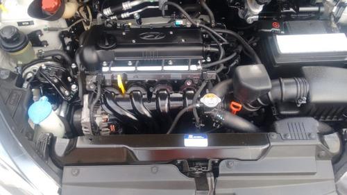 hyundai hb20x 1.6 16v style flex 4p automático