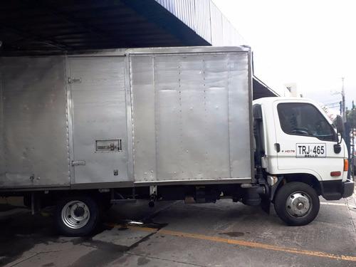 hyundai hd 78   7 ton.  furgon  2012