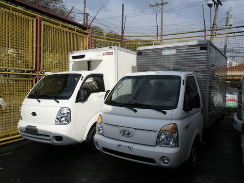 hyundai hr 2011 baú único dono ,150 mil km ,pneus novos,nova