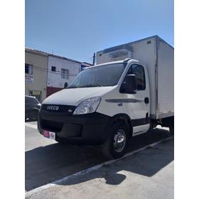 Hyundai Hr 2.5 Hd / Iveco Refrigerdo -18 / Ano 13