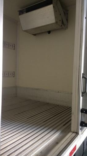 hyundai hr e kia  bau refrigerado piso canaletado ano 12