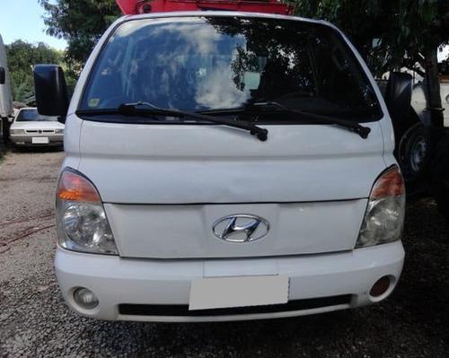 hyundai hr hdb ano 2008/09 com carroceria de ferro.