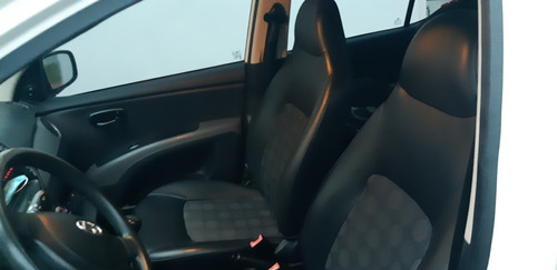 hyundai i10 1.1 full 5 puertas. como nuevo!!!