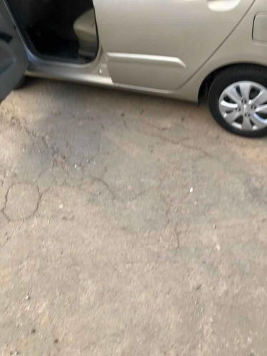 hyundai i10 1.2 gls seguridad l mt 2012