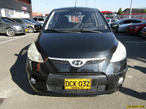 hyundai i10 at  hatch back