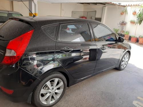 hyundai i25 1.6 hatchback 2014