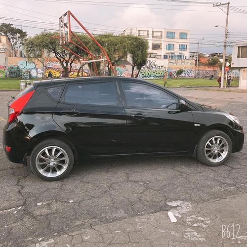 hyundai  - i25  hatchback