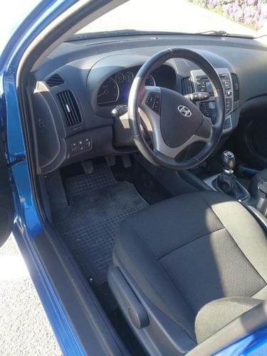 hyundai i30 ano modelo 2010 transmisión manual combustible