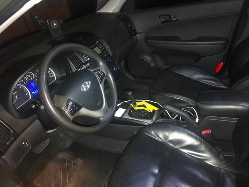 hyundai i30 cw 2.0 mpfi 16v gasolina 4p automatico 2011