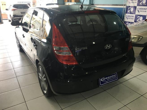 hyundai i30  gls 2.0 16v (aut) gasolina manual