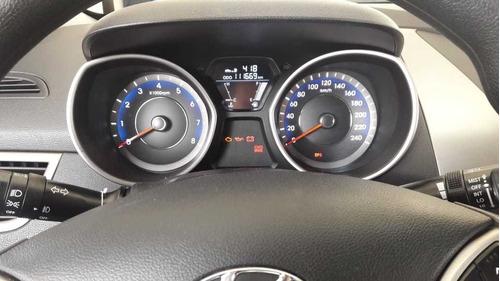 hyundai i35 elantra gls 1800 cc