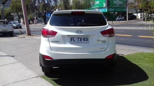 hyundai tucson auto