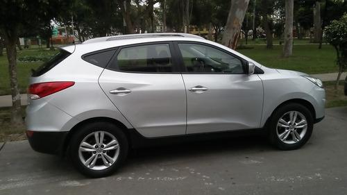 hyundai tucson  fab 2011 modelo 2012, 79,000 km.  todo ok