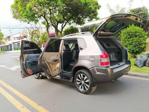 hyundai tucson gl  mt 2000 cc 4x2 diesel