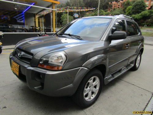 hyundai tucson gl mt 2000 cc 4x4
