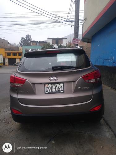 hyundai tuscon 2012 4 puertas