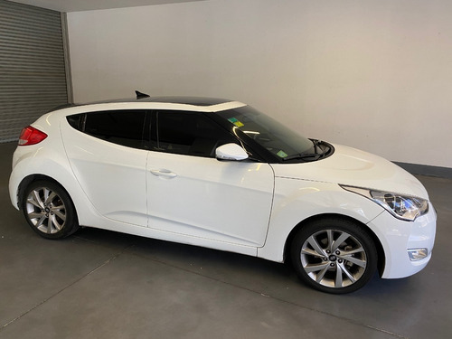 hyundai veloster at 2017
