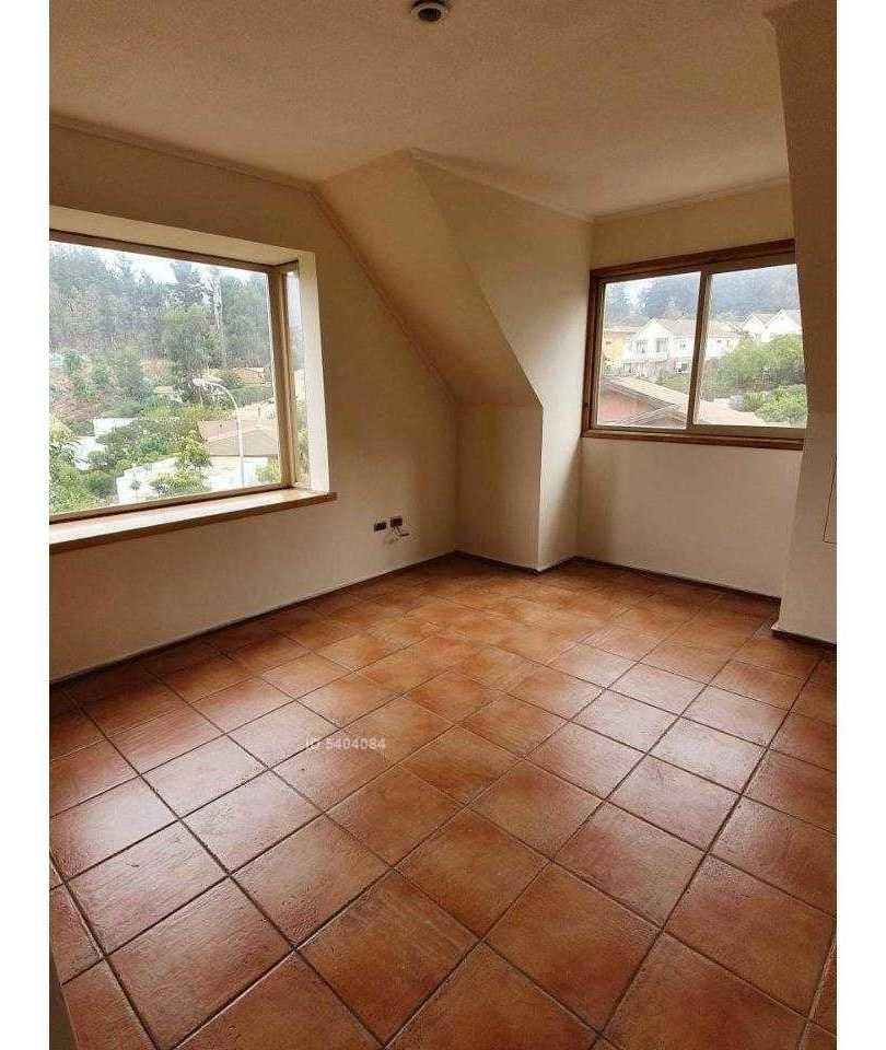 i. holzapfel #337. garn oportunidad, casa 3d3b bien ubicada en los almendros.