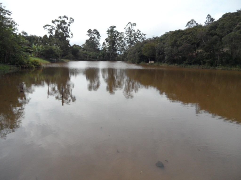 ibiúna; 3.870,00 m2, chácára pesqueiro particular c/lagos +