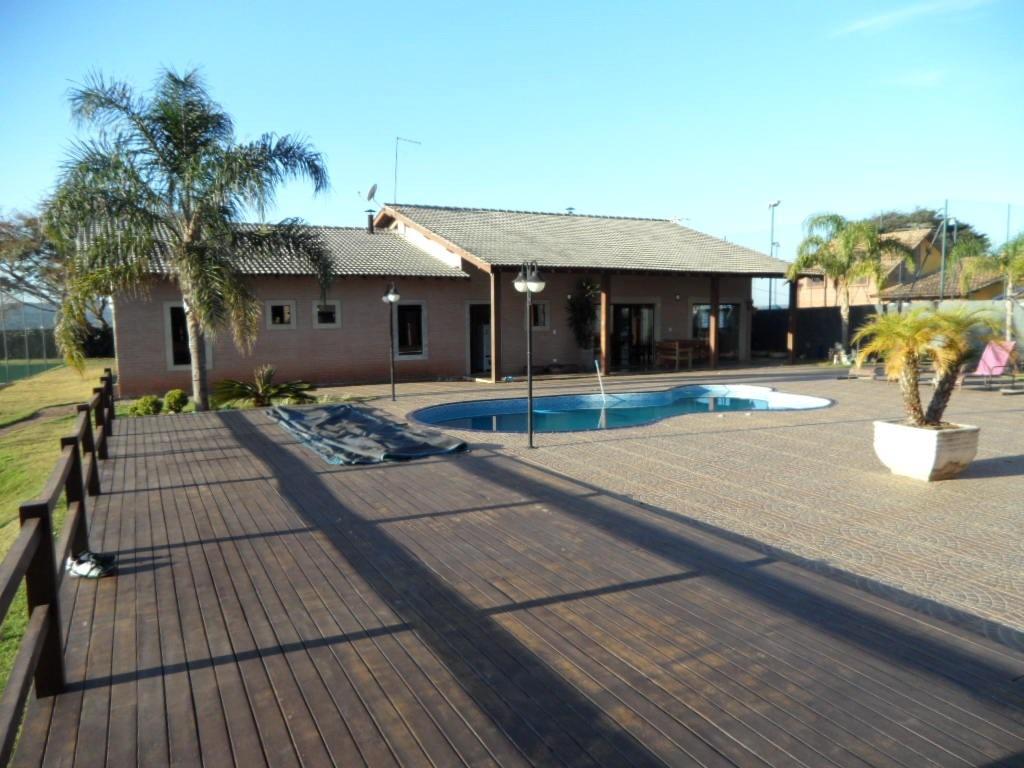ibiúna; chácara c/2.000 m2;  piscina + jacuzzi, quadra/tênis