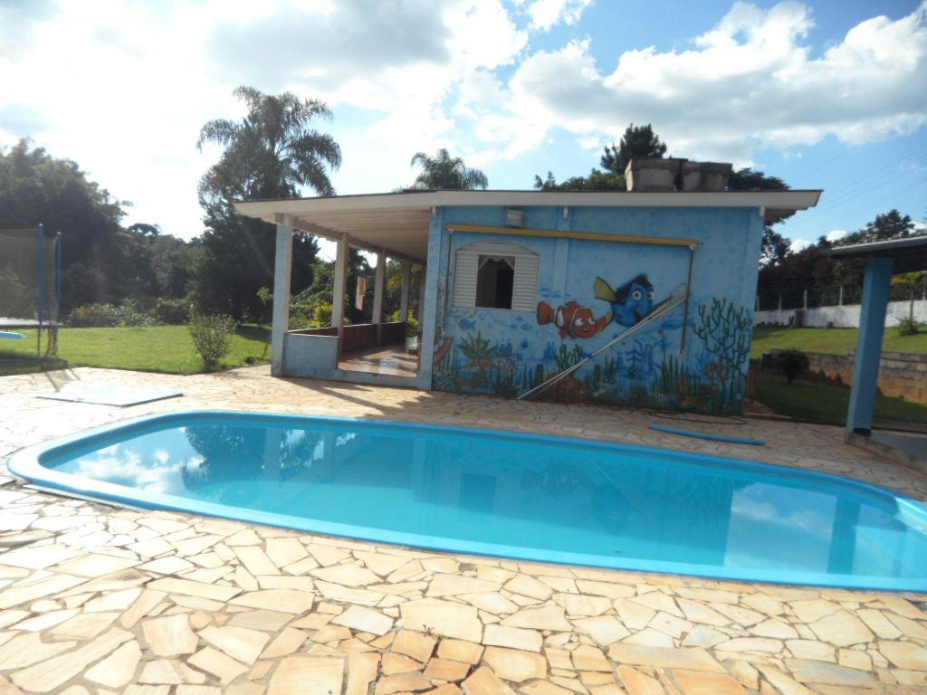ibiúna; chácara com 4.000 m2 + lago + nascente + piscina +