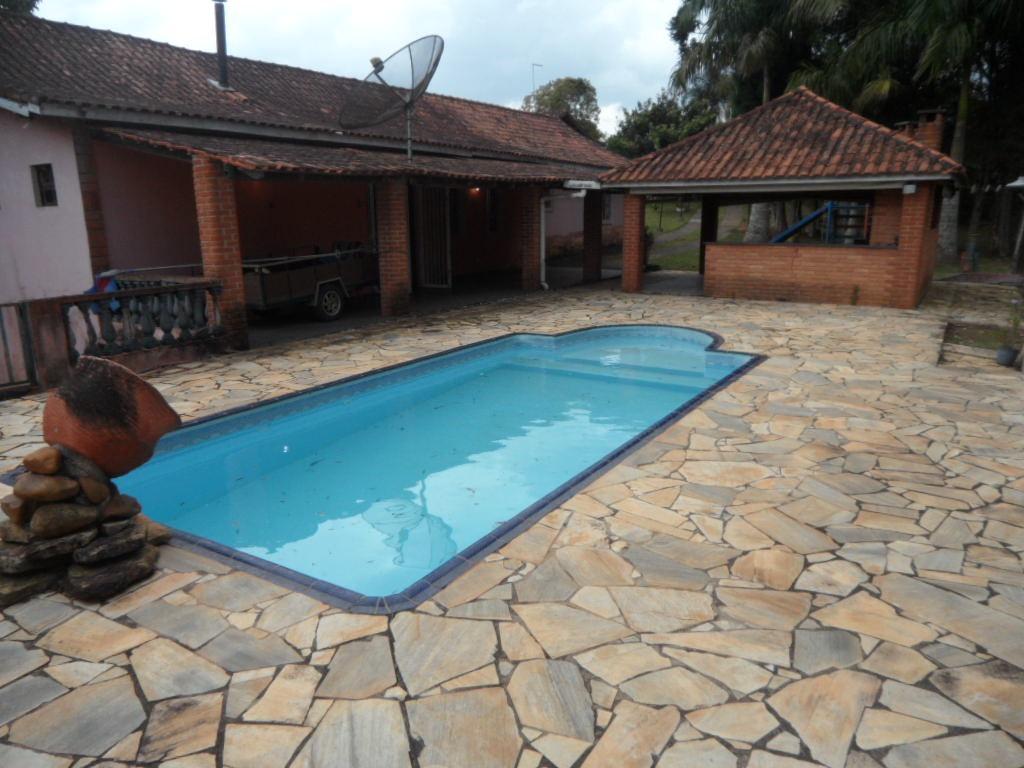 ibiúna; chácara formada c/3.040m2 piscina, cmp futebol, baia