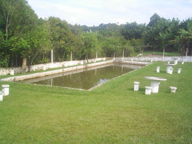 ibiúna; linda chácara, 3.000m2 c/piscina em alvenaria, lago
